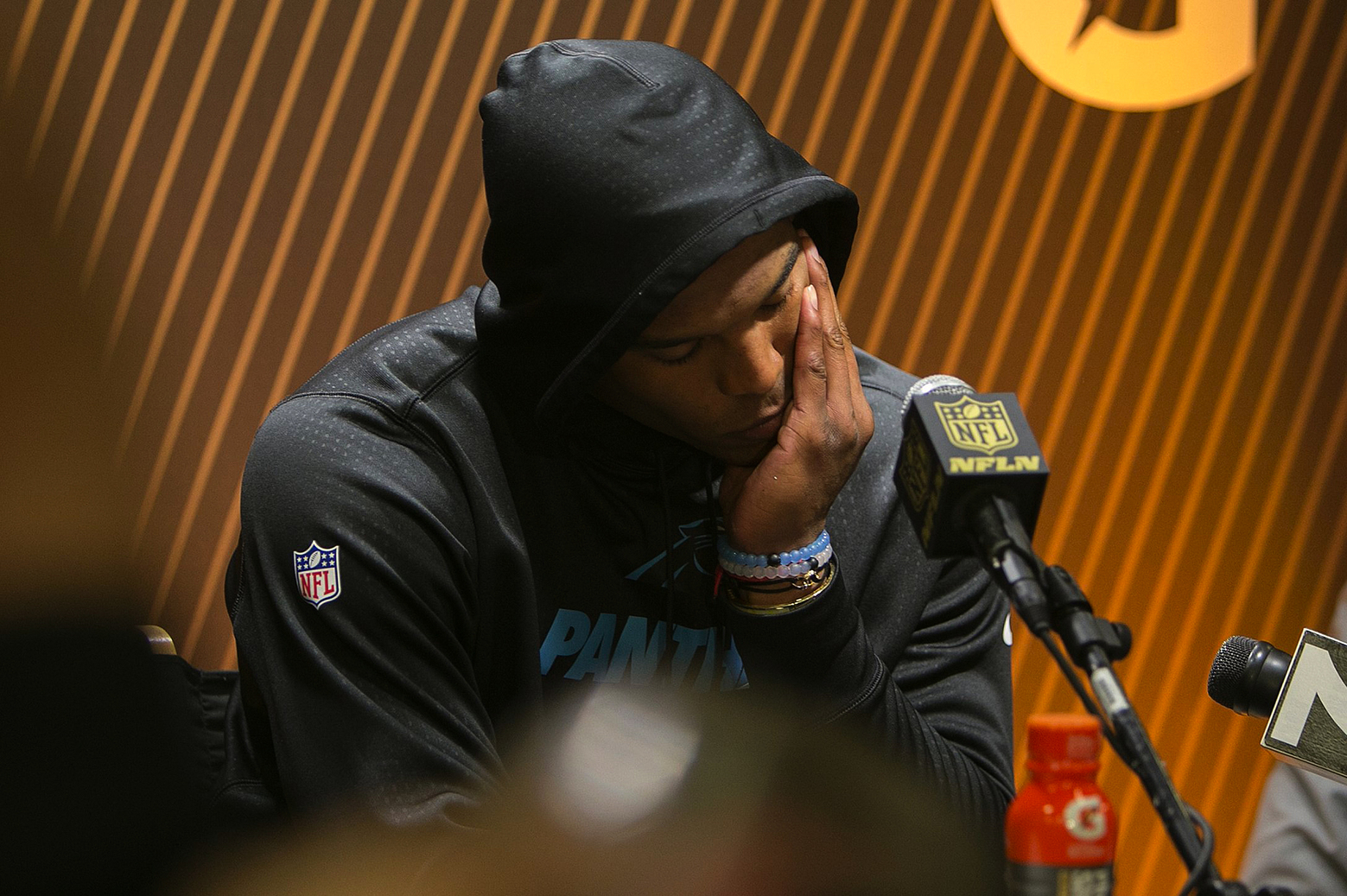 Commentary: Cam Newton didn't hold up his end of bargain at news conference after Super Bowl