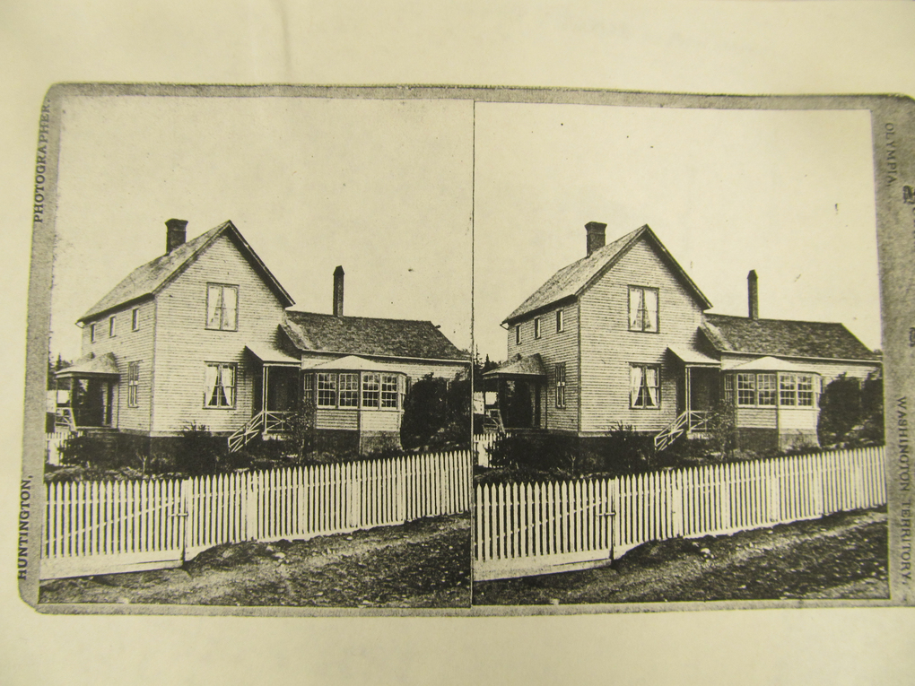 A stereoscopic view of the home Granville Haller built in Coupeville after the Civil War.
