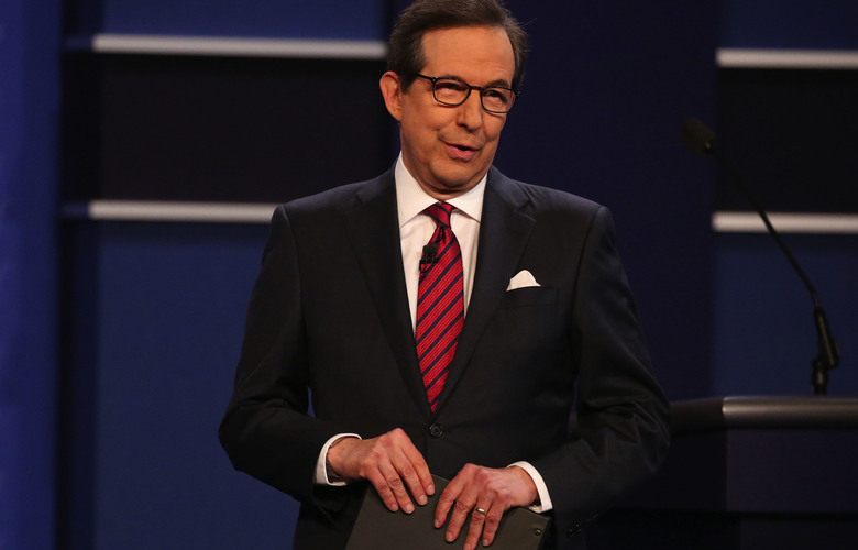 Chris Wallace, the Fox News moderator, speaks to the audience before the third and final debate between Hillary Clinton and Donald Trump at the University of Nevada, Las Vegas, Oct. (Damon Winter/The New York Times)