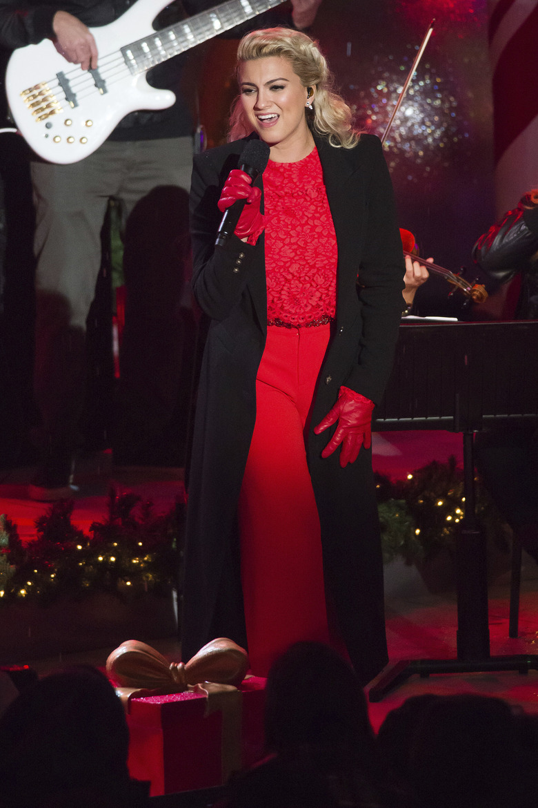 Tori Kelly performs at the 84th Annual Rockefeller Center Christmas Tree lighting ceremony on Wednesday, Nov. 30, 2016, in New York. (Photo by Charles Sykes/Invision/AP)