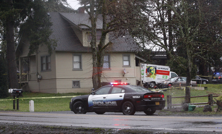 2 Oregon Police Officers Shoot Kill Man On Roof The