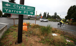 Some Yarrow Point residents oppose state plans for a roundabout at 92nd Avenue Northeast, near the Highway 520 expansion.