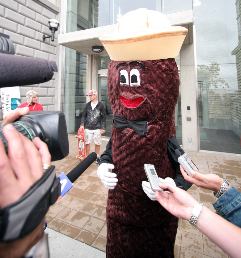 Victoria's unofficial mascot, Mr. Floatie, speaks to the media at a 2006 news conference on Victoria sewage.  (Photo by Bruce Stotesbury/ Victoria Times Colonist)