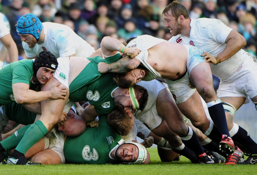 Ireland's Rory Best caught at the bottom of a ruck during the Six Nations Rugby match between Ireland and England in The Aviva Stadium, Dublin, Ireland, March 1, 2015.  EPA/Aidan Crawley   (Aidan Crawley / EPA)