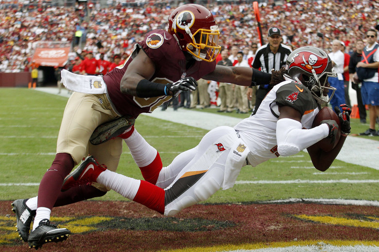 Wide receiver Donteea Dye #17 of the Tampa Bay Buccaneers scores a second quarter touchdown past strong safety Kyshoen Jarrett #30 of the Washington Redskins during a game at FedExField on October 25, 2015 in Landover, Maryland. (Photo by Matt Hazlett/Getty Images)