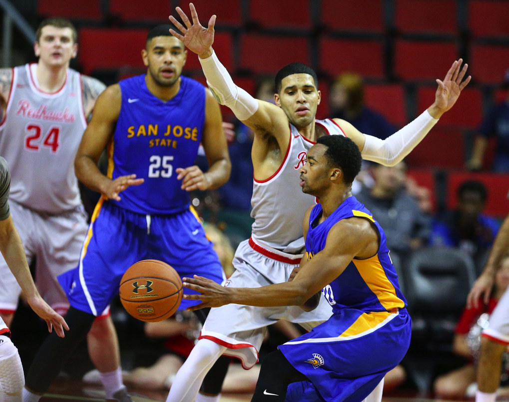 Seattle University's Brendan Westendorf tries go guard the pass of San Jose State's Isaac Thornton in the second half. (John Lok / The Seattle Times)