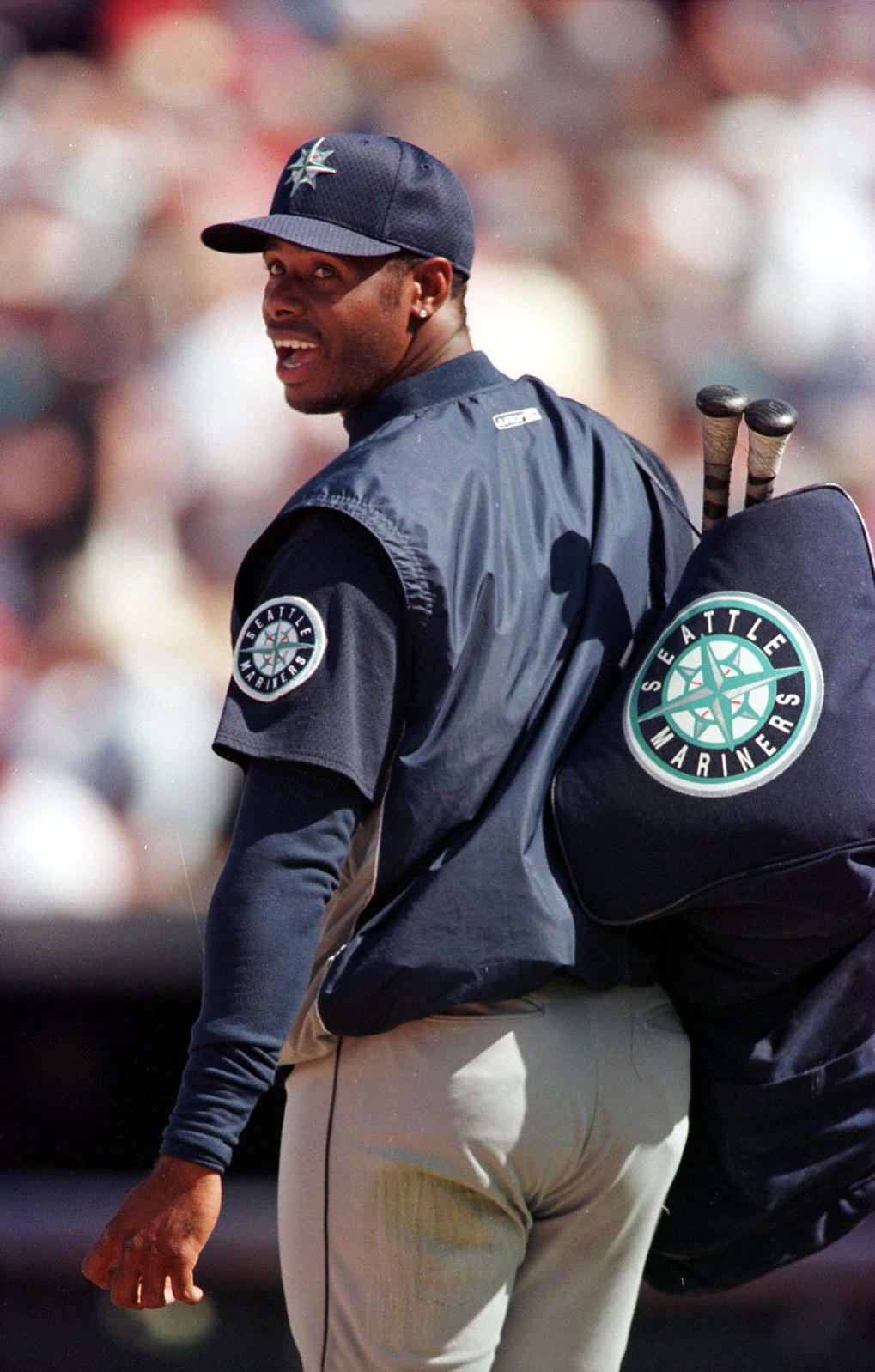 Ken Griffey Jr. led the American League in home runs with 48 in 1999.  (Dean Rutz / The Seattle Times)