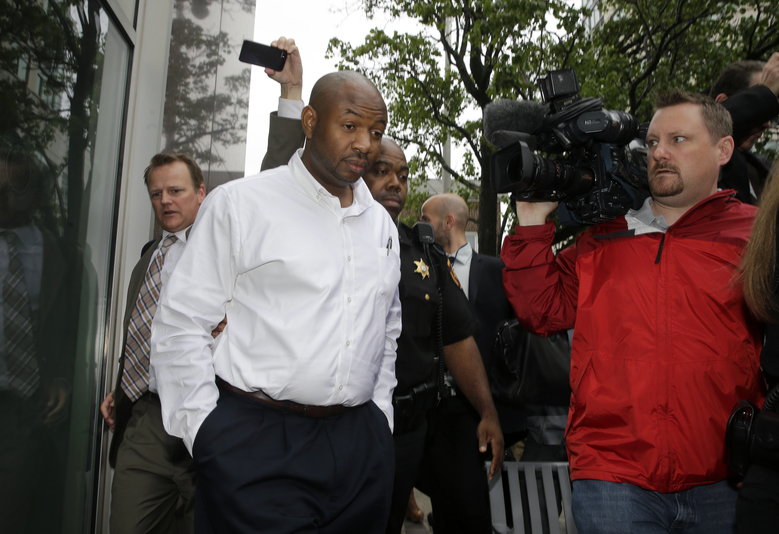 FILE – In this June 11, 2014 file photo, Kevin Roper leaves a court appearance  in New Brunswick, N.J. Roper, the truck driver who slammed into a limo carrying actor Tracy Morgan, killing one man and severely injuring the comedian, will ask a judge next week to throw out criminal charges against him. Within days of the accident, Roper was charged in state court with one count of death by auto and four counts of assault by auto, though as of Friday, Dec. 18, 2015, he hadn't been indicted, said his attorney, David Glassman.  (AP Photo/Mel Evans, File)