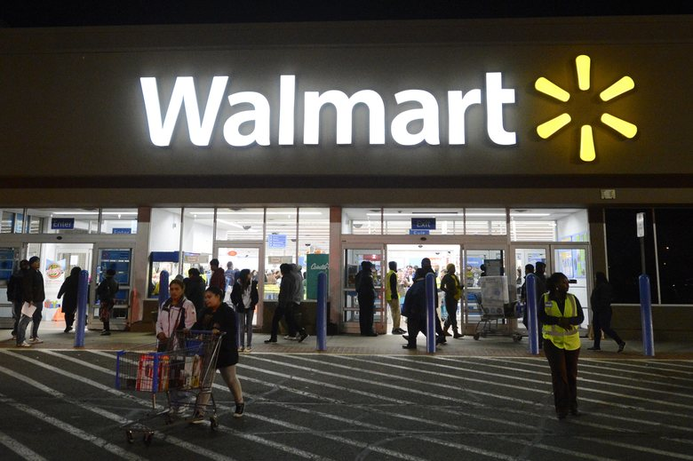Wal-Mart's tech divisions are moving from Arkansas to Silicon Valley as it strengthens its e-commerce strategy.  (MICHAEL REYNOLDS/EPA)