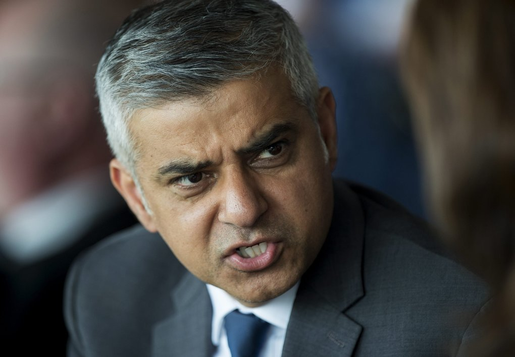 Newly elected Mayor of London Sadiq Khan attends a Jewish community Holocaust commemoration event in north London, Britain, May 8, 2016. The Jewish community will come together in their thousands to mark 'Yom HaShoah', the Jewish Community's Holocaust Remembrance day.  EPA/HANNAH MCKAY