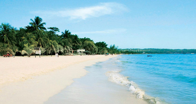 Seven Mile Beach in Negril is one of Usain Bolt's pick for running destinations — if you can avoid the tourists. (Visit Jamaica)