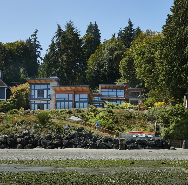 Relative beauty a brother and sister s complementary for Pacific northwest home builders