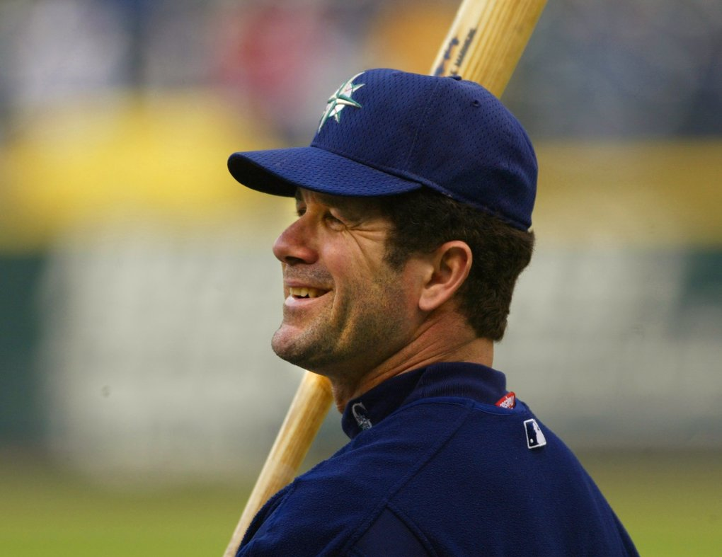 Edgar Martinez takes batting practice before an early-season game in 2002.  (Mark Harrison / The Seattle Times)