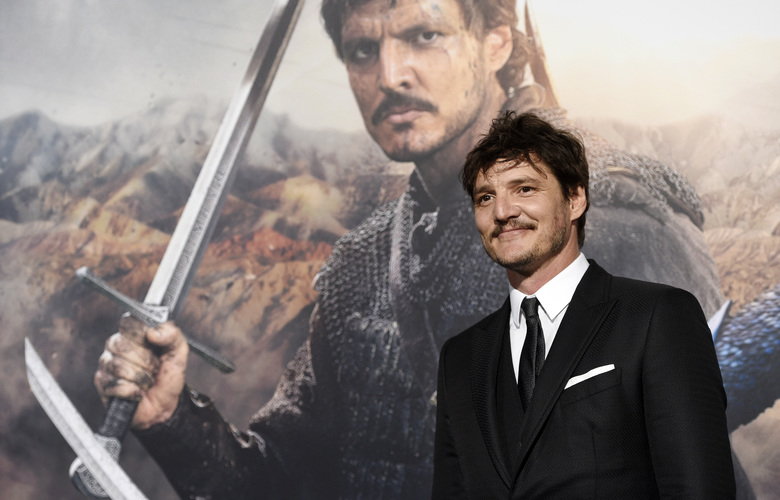 "Pedro Pascal, a cast member in ""The Great Wall,"" poses at the premiere of the film at the TCL Chinese Theatre on Wednesday, Feb. 15, 2017, in Los Angeles. (Photo by Chris Pizzello/Invision/AP)"