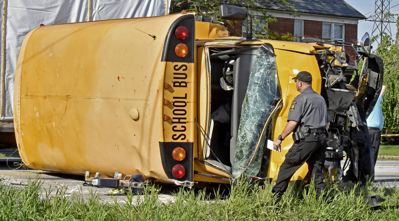 15 children, driver injured in Pennsylvania school bus crash