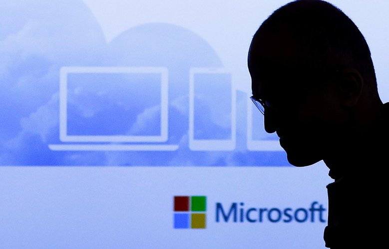 Microsoft planning cloud-focused sales overhaul