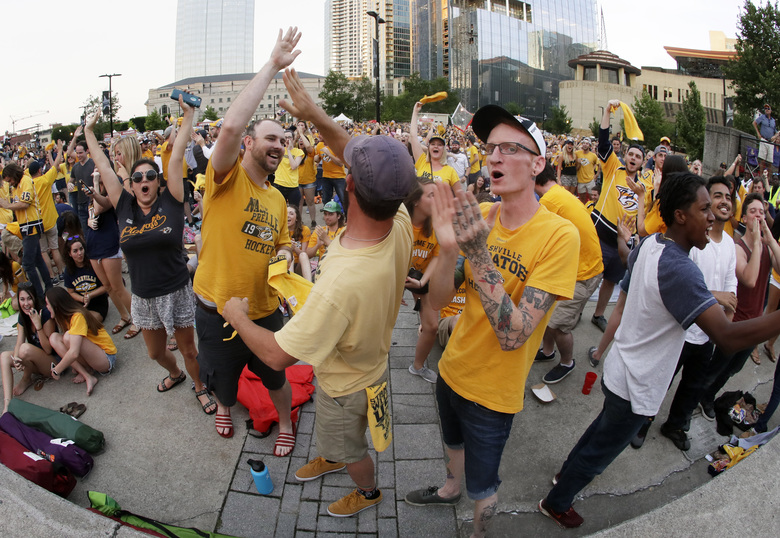 Charges withdrawn against Preds fan who threw catfish onto ice