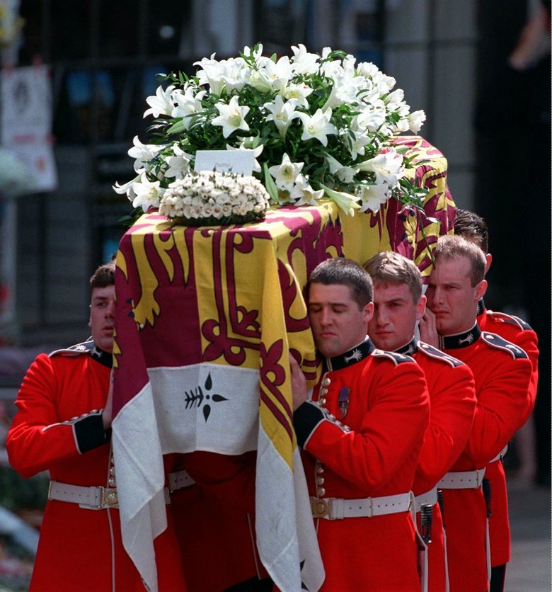 AP Was There: A sea of tears for Princess Diana's funeral ...
