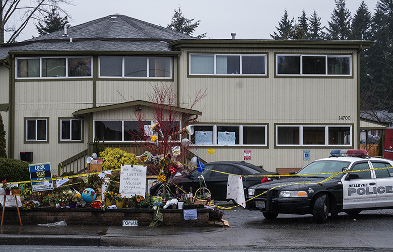 The community tries to reassure worshippers of this Bellevue Islamic Center that Tuesday morning's arson did not represent the feelings of the city toward its Muslim citizens. 200323