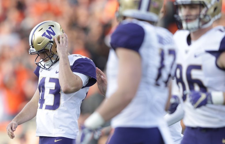 Huskies kicker Tristan Vizcaino misses a kick towards the end of the second quarter, keeping the score at 7-0 Huskies as the University of Washington Huskies take on the Oregon State Beavers at Reser Stadium in Corvallis, Oregon, Saturday September 30, 2017.