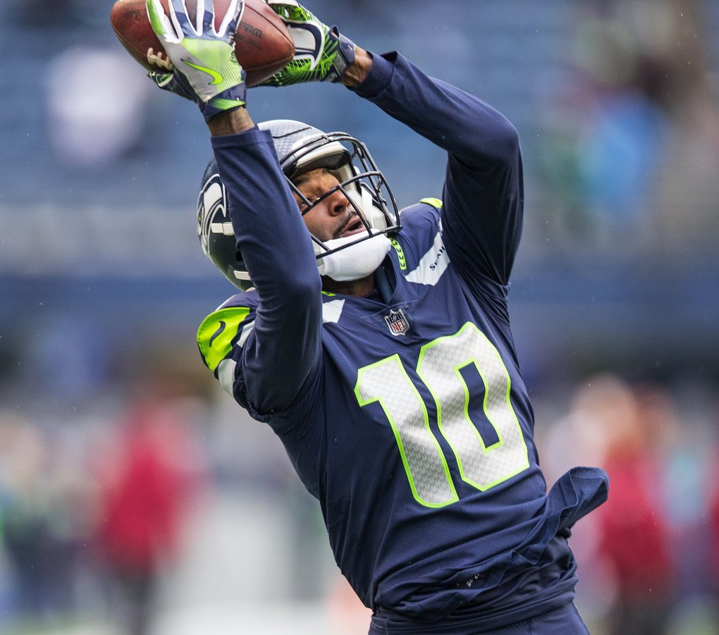 Seattle Seahawks wide receiver Paul Richardson (10) warms up prior to kickoff as the Seattle Seahawks play Washington at CenturyLink Field in Seattle. (Mike Siegel / The Seattle Times)