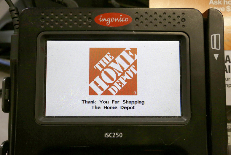 Home Depot beats Street 3Q forecasts