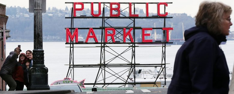 Only one out of five respondents said they are downtown residents. More than one-third said they were downtown because it's their place of work. (Ken Lambert/The Seattle Times)