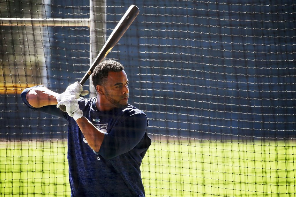 Mariners outfielder Nelson Cruz takes batting practice. (Ken Lambert / The Seattle Times)