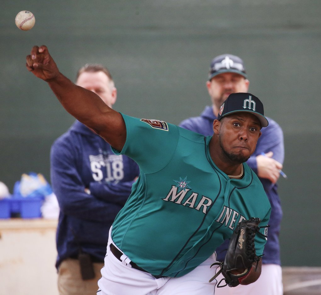 Mariners pitcher Juan Nicasio in the bullpen during full second day of spring training workouts. (Ken Lambert/The Seattle Times)