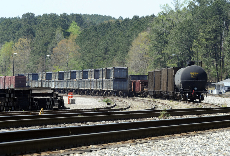 Stranded 'poop train' brings nightmare stench to Alabama town