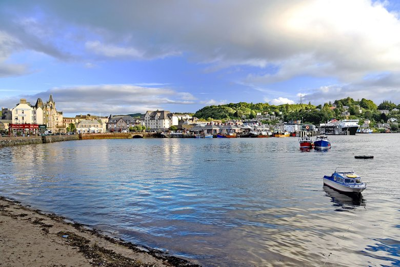 The picturesque seaside town of Oban, on Scotland's west coast, grew up around its distillery, which was founded in 1794. (Cameron Hewitt, Rick Steves' Europe)