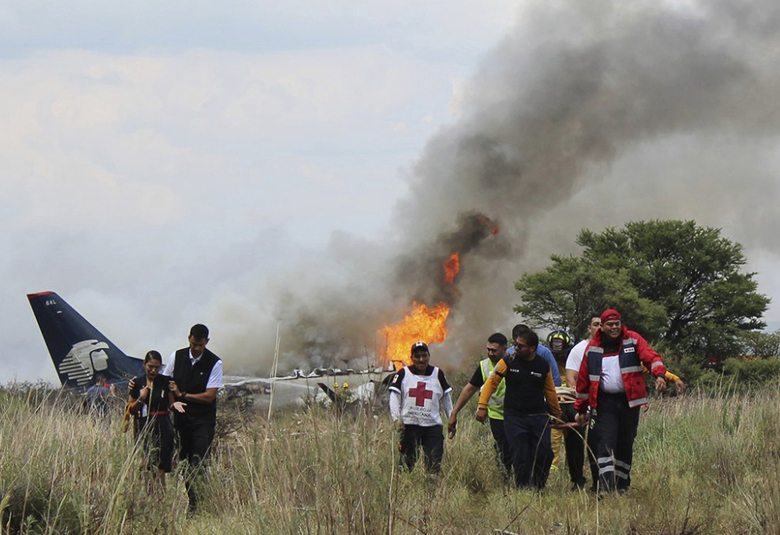 Plane crashes in Mexico with more than 100 people on board