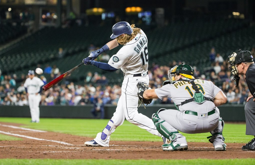 Ben Gamel's two-run RBI double in teh 2nd briefly ties the game with Oakland at 2. (Dean Rutz / The Seattle Times)