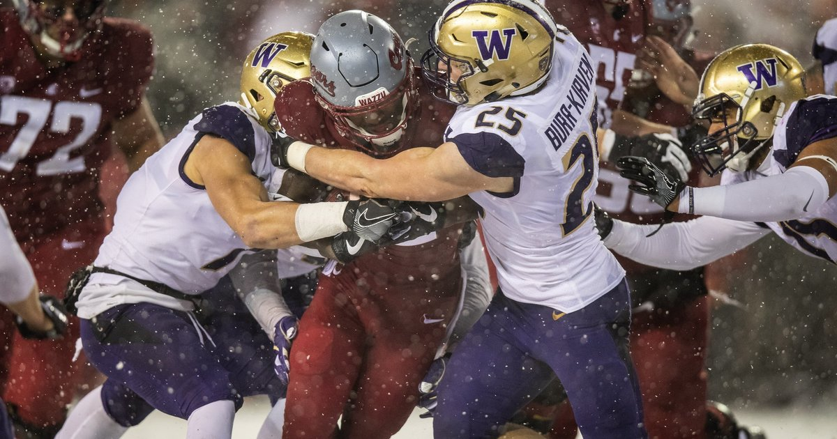 Buried in the snow, Washington State uncovers some perspective after disheartening Apple Cup loss