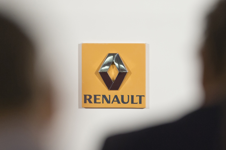 FILE – This Thursday Feb. 12, 2015 file picture shows the logo of French car maker Renault seen in a press conference held in Paris, France. France's finance minister wants carmaker Renault to replace its once-superstar CEO Carlos Ghosn while he faces accusations that he under-reported income at partner company Nissan. (AP Photo/Jacques Brinon, File)