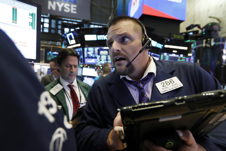 Wall Street runs red over US-China trade tensions