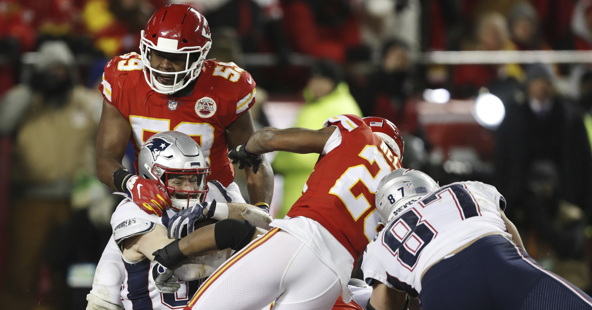 Chiefs' defense collapses in 37-31 OT loss to Patriots