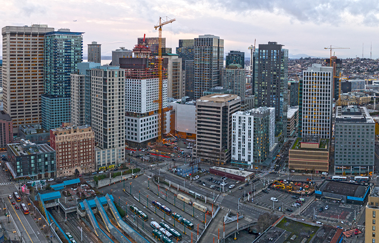 Cranes will continue to reshape the Seattle skyline in 2019. Construction employment is projected to grow by 2.5 percent in King County this year. (Getty Images)