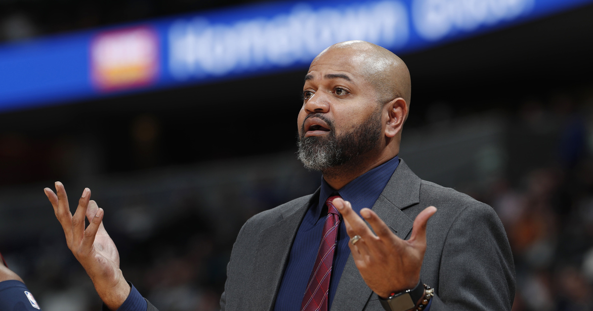 Grizzlies fire coach J.B. Bickerstaff, reassign GM to scout