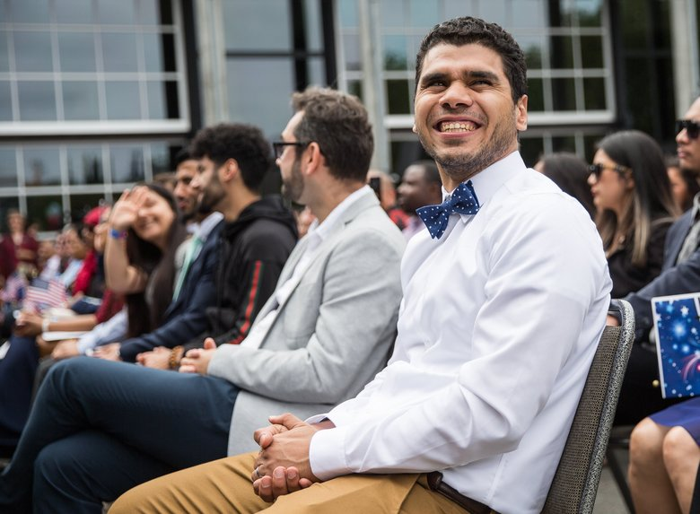 Seattle naturalization ceremony creates 500 new Americans