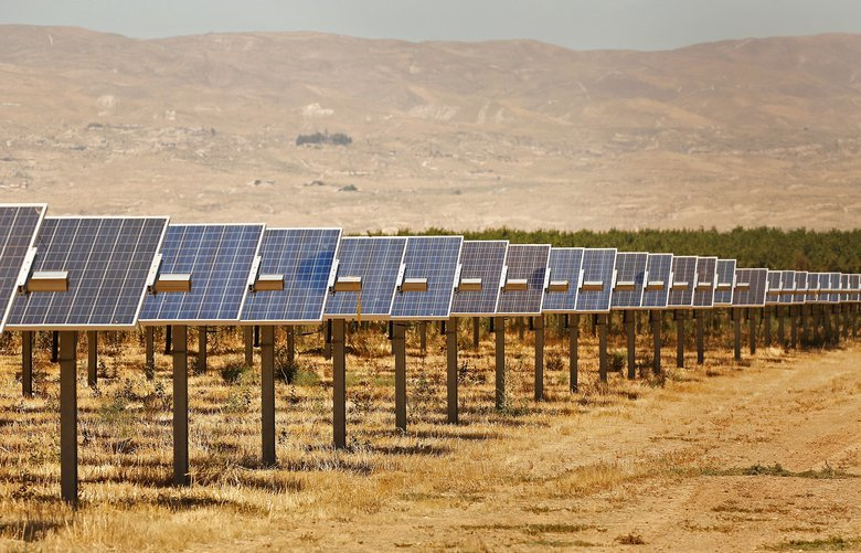 The Maricopa Orchard solar project. (Al Seib/Los Angeles Times/TNS) 1377291 1377291