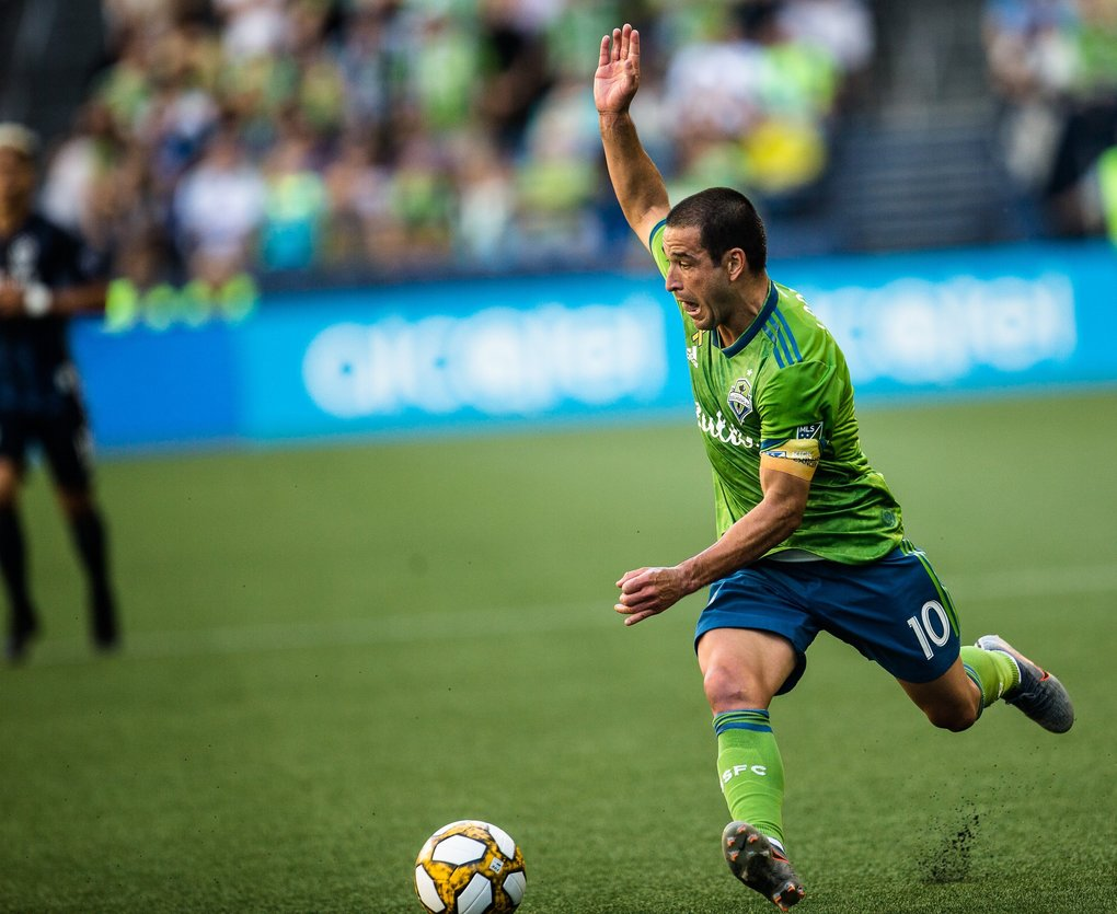 Nicolàs Lodeiro passes during the game against LA Galaxy at CenturyLink Field on Sunday, September 1.  (Rebekah Welch / The Seattle Times)