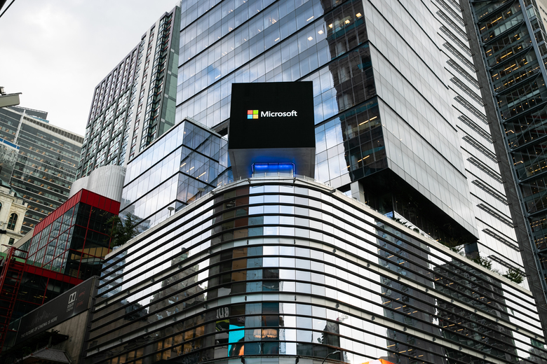 A Microsoft sign in Times Square, in New York. Microsoft was awarded the Defense Department's 10-year JEDI cloud computing project over Amazon, whose founder, Jeff Bezos, has been a target of President Donald Trump's criticism. (Jeenah Moon/The New York Times)
