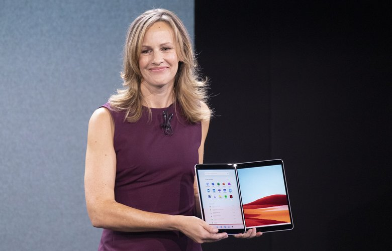 Microsoft Program Manager Carmen Zlateff discusses the Surface Neo during a Microsoft event, Wednesday, Oct. 2, 2019, in New York. (AP Photo/Mark Lennihan) NYML107 NYML107 (Mark Lennihan / The Associated Press)