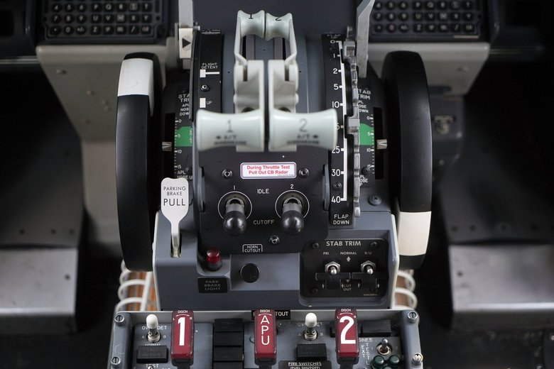 Throttle controls are seen in the cockpit of a grounded Lion Air Boeing 737 MAX 8 aircraft in Cenkareng, Indonesia.  (Dimas Ardian / Bloomberg)