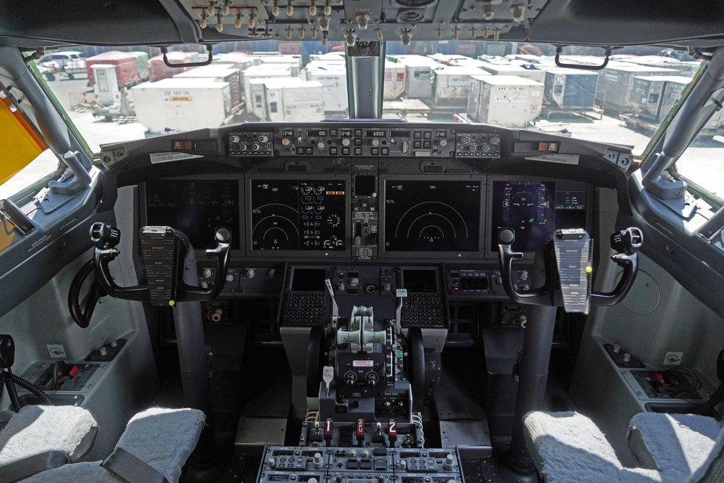 The cockpit of a grounded Lion Air  737 MAX 8 aircraft is seen at terminal 1 of Soekarno-Hatta International Airport in Cenkareng, Indonesia. The  loss in March of an Ethiopian Airlines Boeing 737, in which 157 people died, bore similarities to the Oct. 29 crash of another Boeing 737 MAX plane, operated by Indonesia's Lion Air. (Dimas Ardian / Bloomberg)