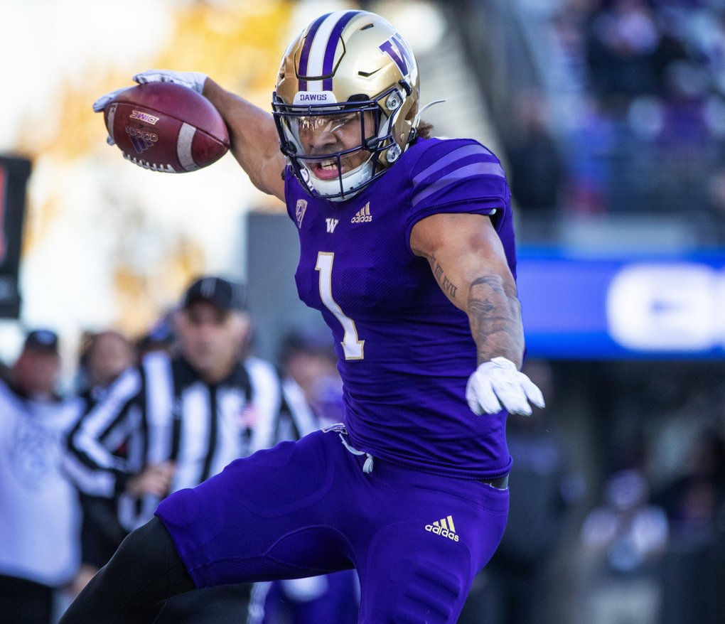 Washington Huskies tight end Hunter Bryant (1) scores during the 3rd quarter as the University of Utah  plays the University of Washington Huskies at Husky Stadium in Seattle on November 2, 2019. (Mike Siegel / The Seattle Times)