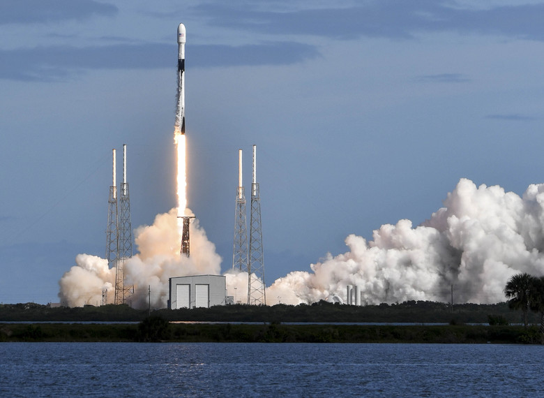 Elon Musk's SpaceX Launches 2nd Batch of 60 Starlink Satellites