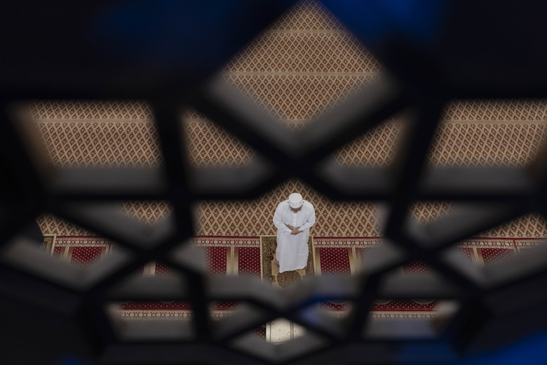 A Muslim man prays during the first day of the holy month of Ramadan at National Mosque in Kuala Lumpur, Malaysia, on Friday, April 24, 2020. (AP Photo / Vincent Thian)