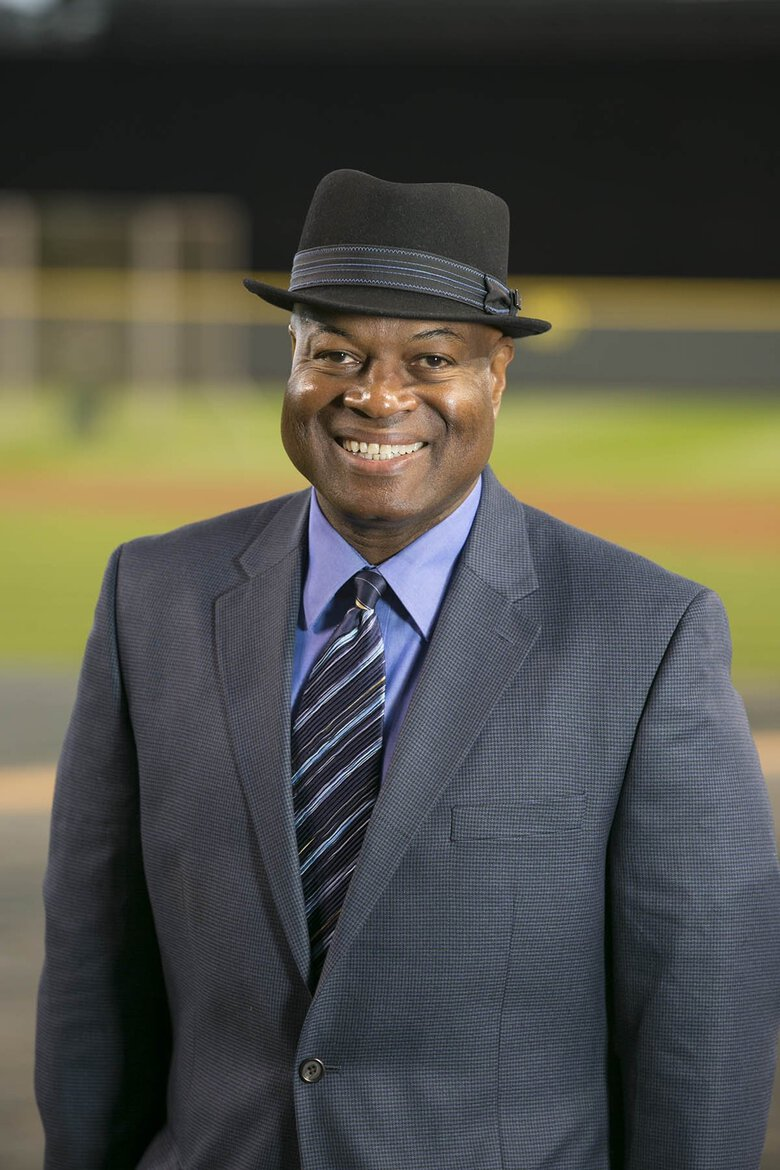 Mariners TV play-by-play announcer Dave Sims.  (HO / Ben VanHouten)